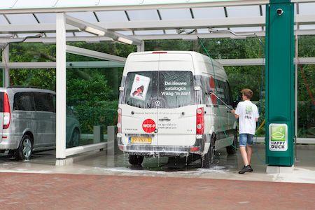 happy-duck-duivendrecht-bedrijfswagens-wassen.jpg